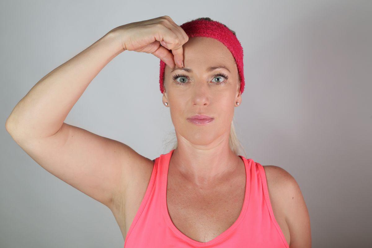 Permanentka 48x Online skupinový trénink obličejové jógy Selavis se Světlanou přes ZOOM + Dárek Lipocoll z kosmetiky Larens